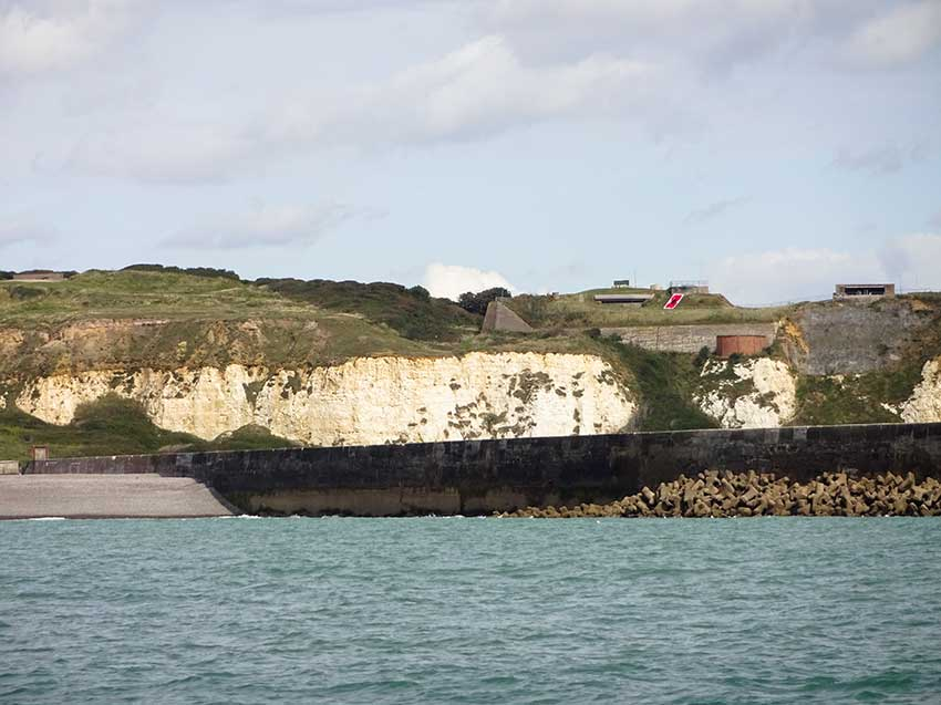 Watchful Newhaven near harbour arm