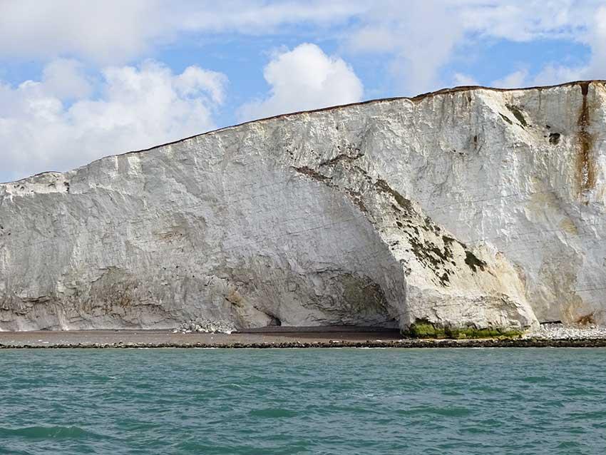 Watchful cliffs Splash Point, Seaford Bay